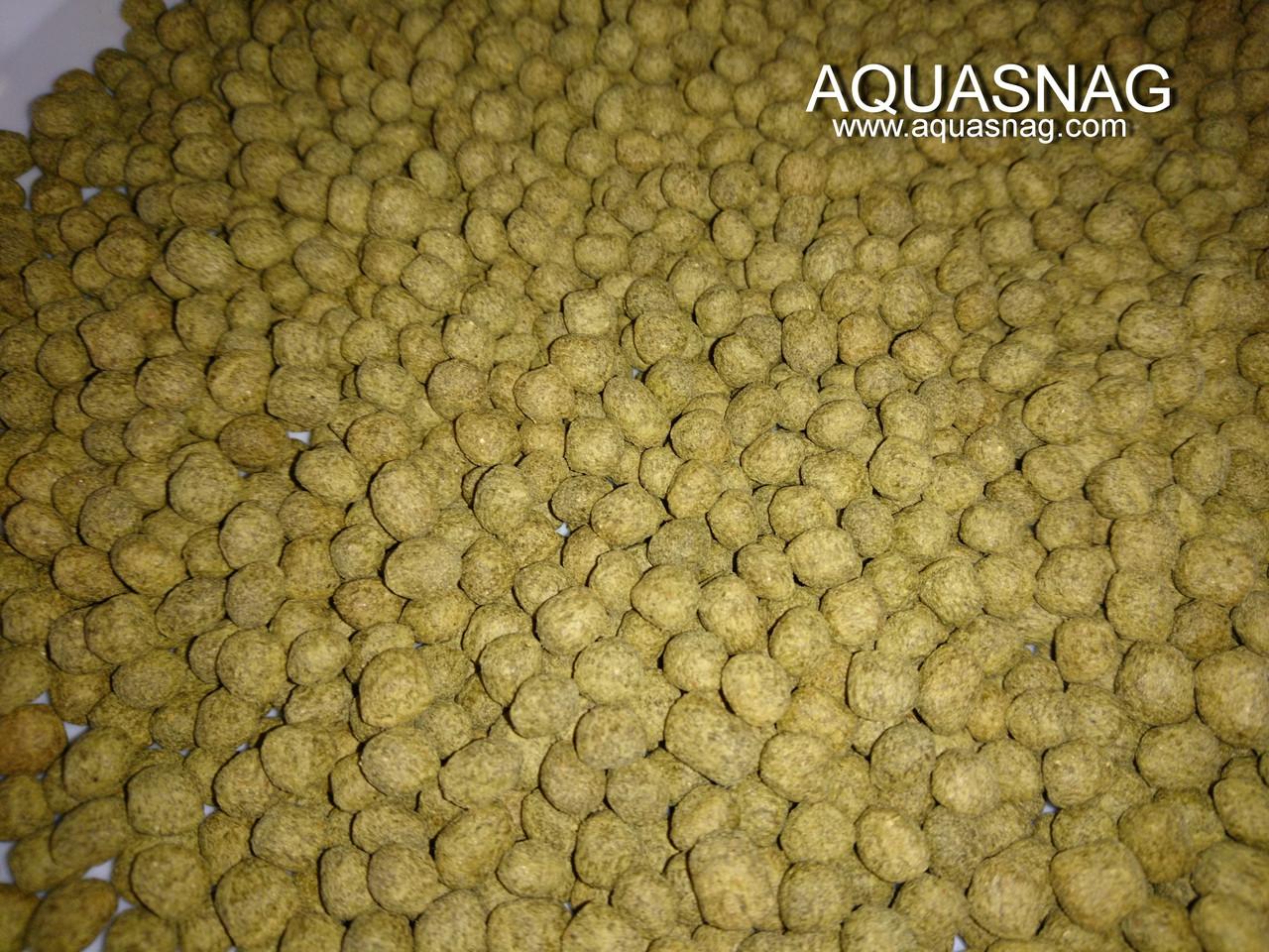 Кои Макси, зеленый -250г, основной, витаминизированный корм для крупных прудовых рыб