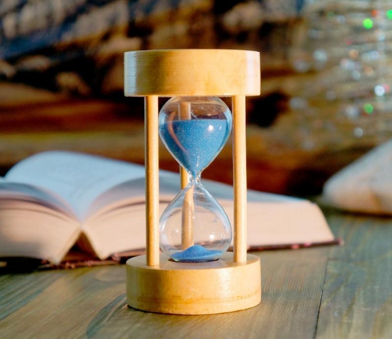 1448d757 Песочные часы синий песок 5 минут (6х6х11 см), цена 109 грн., купить ...