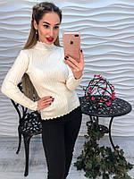 Жіночий светр білого коліру
