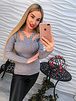 Стильная женская кофточка с бусинами