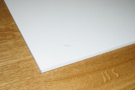 Металлические плиты потолочные  Белые 600х600мм RAL 9003/0,45 мм Плита плоская