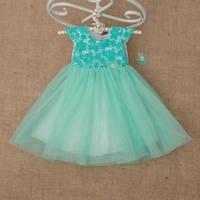 Платье с заколкой для девочки