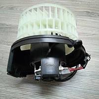 Мотор вентилятора печки Mercedes E-Class W124 85-98 V30031775