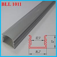 Наружный алюминиевый профиль под светодиодную ленту 2,0 м. Серебро