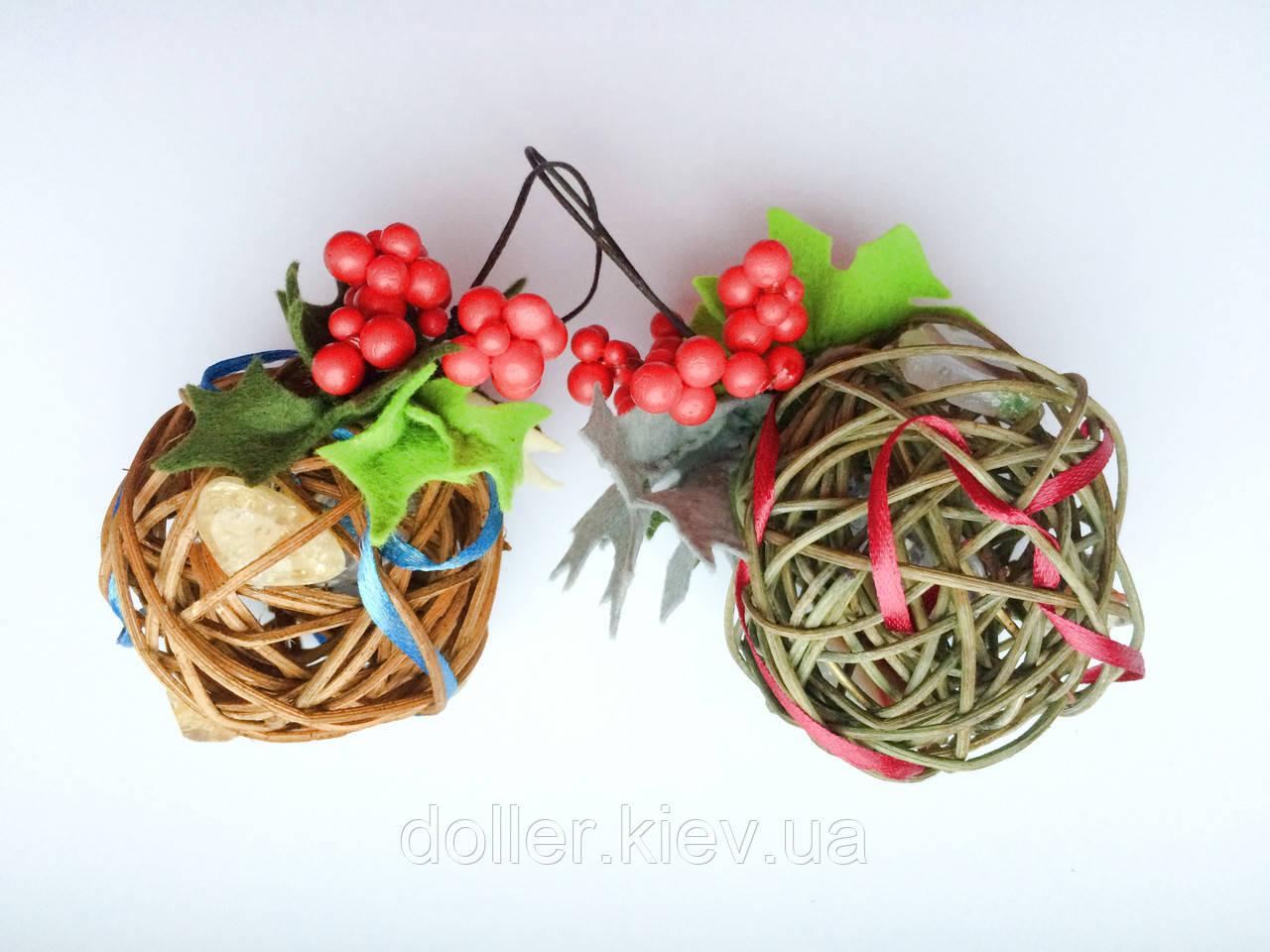 Ялинкова іграшка ручної роботи Ялинкова кулька світиться 7 див. Новорічний декор (хакі)