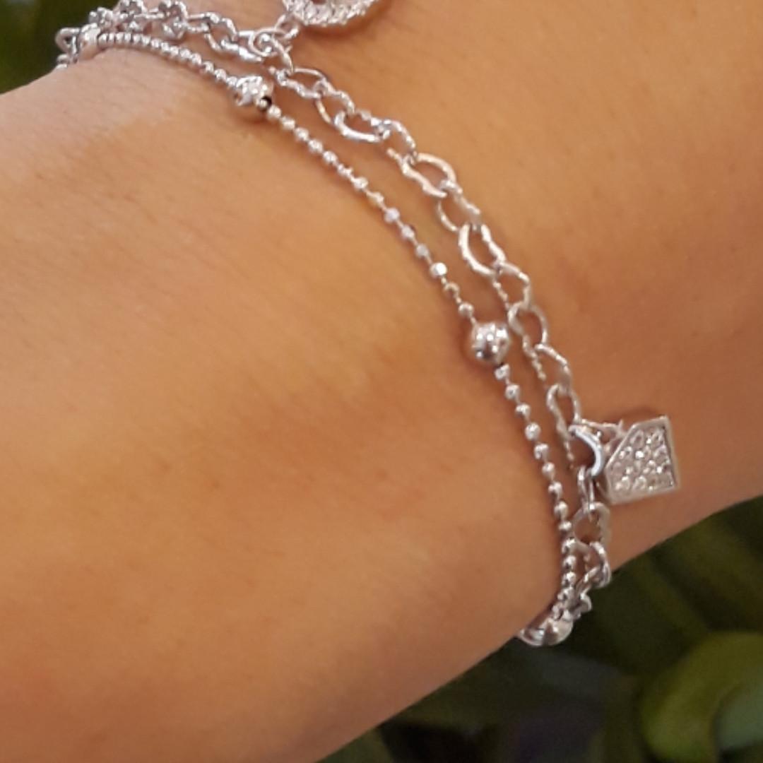 Срібний браслет з висульками діамант і шанель