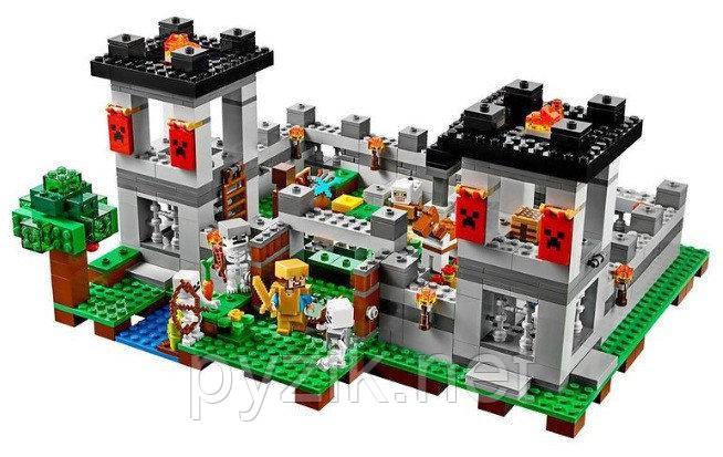 Конструктор BELA 10472 Крепость - аналог LEGO 21127 Minecraft, 990 дет