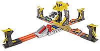 Игровой набор Сальто-разрушение серии Monster Jam Трек Hot Wheels Monster Jam Front Flip Tak, Hot Wheels DXB05