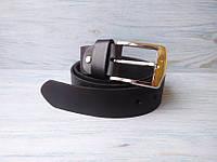 Мужской кожаный ремень черный