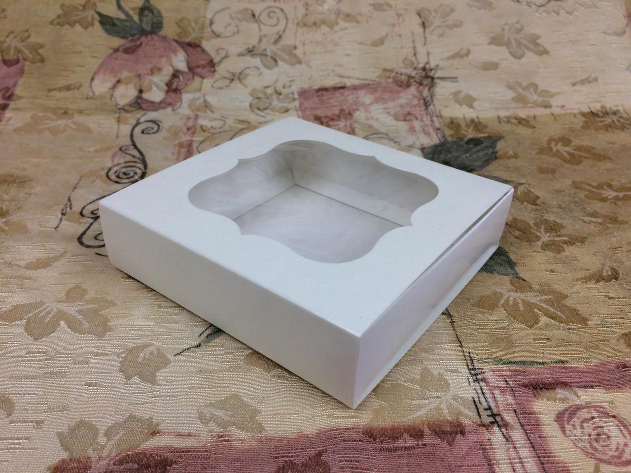 Коробка для пряников / 120х120х30 мм / Молочн / окно-обычн