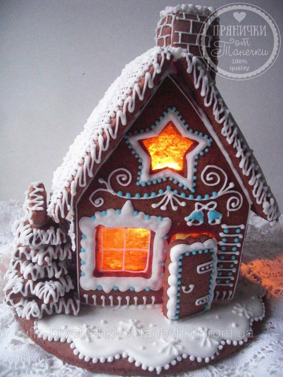 """Пряничный домик с елкой и дымоходом """"Скоро Новый год!"""""""