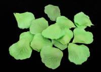 Искусственные лепестки роз салатовые 150 шт./упак.