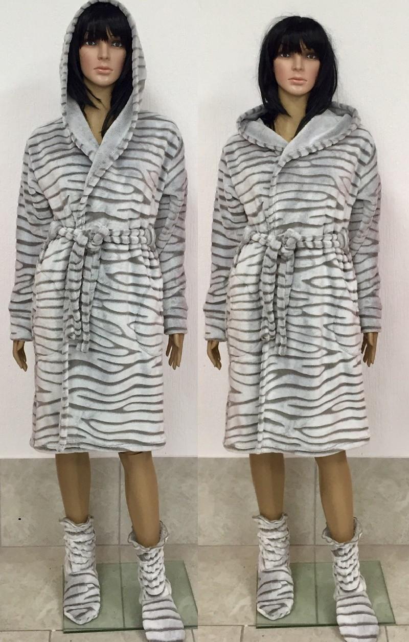 44a4d2797023c Красивый махровый халат с капюшоном на запах шиншилла 44-50 р, женские махровые  халаты ...