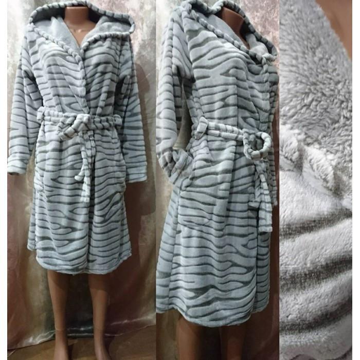 e6194525c4959 ... Красивый махровый халат с капюшоном на запах шиншилла 44-50 р, женские махровые  халаты