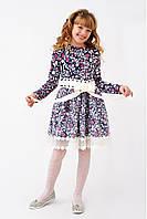 Очаровательное трикотажное платье для девочки с атласным поясом