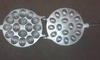 Форма для випічки горішків (16 половинок)