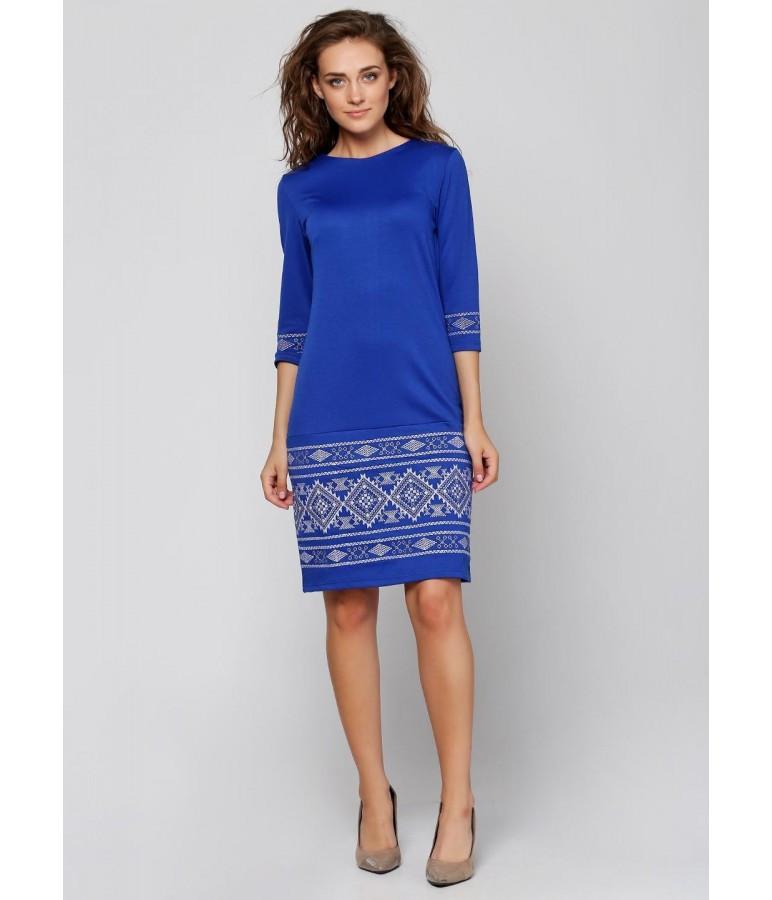 Синє жіноче плаття з білою вишивкою 3b7f00f23c28d