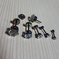 Серьга- гвоздик с камнем кристалл  мед.сталь цвет бензинка ЦЕНА ЗА ШТУКУ