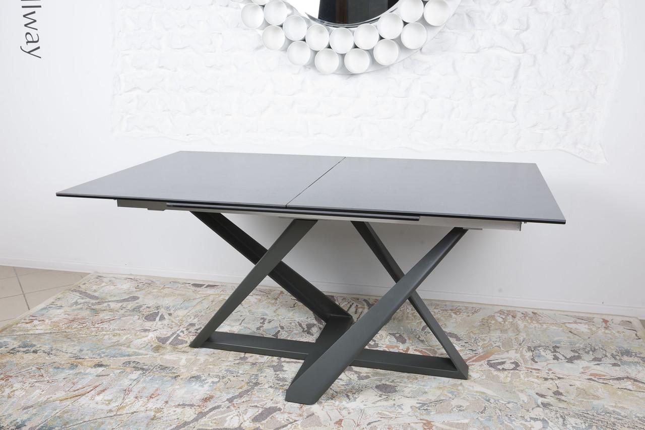 Обеденный стол с керамической столешницей