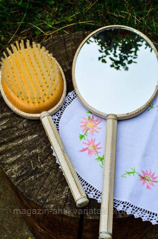 Восхитительный набор! Зеркало и расческа,щетка для волос! Винтаж! Англия!