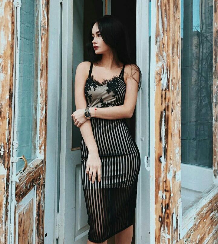 Шикарное вечернее платье на бретелях с сеткой и кружевом - Solodkova в  Харькове 22b0217e284