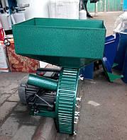 """Зернодробилка ТМ """"VEGIS"""" (Фермер Д-2) 2.5 кВт (зерно-початки) большой бункер"""