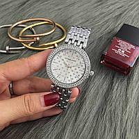 Женские часы Michael Kors MK Grid со стразами на циферблате серебристые