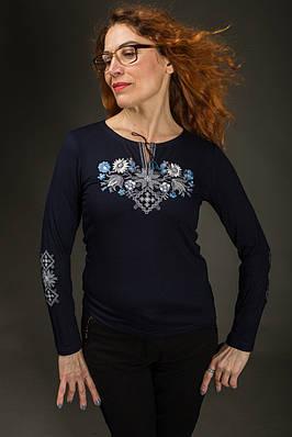 Жіноча вишиванка Лісова пісня голуба на синьому – вишитий рукав