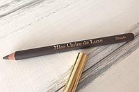 Пудровый карандаш для бровей De Luxe (блонд) Miss Claire