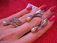 Серебряные кольцо и серги 925 пробы