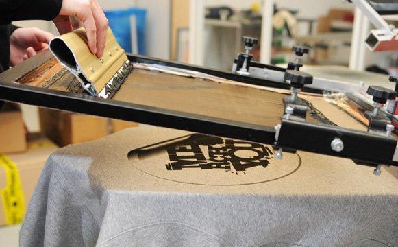 Шелкография на одежде