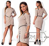 Платье мини из крепа с юбкой на асимметричный запах, декольте на одно плечо с декоративной лямкой и поясом X3810
