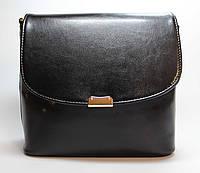 Небольшая сумочка черного цвета