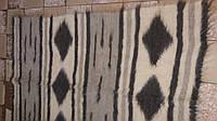 Карпатский плед из натуральной шерсти овчины, расцветка Ромбы, полоски