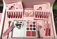 Подарочный набор для макияжа Kylie