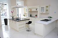 Кухни под заказ, Кухни со столешницей из кварцевого камня Hanstone