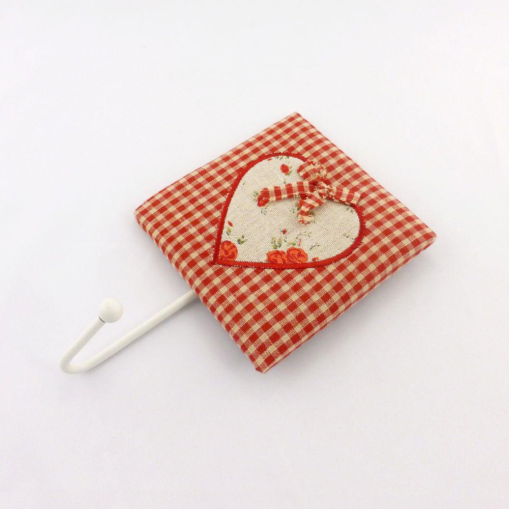 Крючок для полотенца красный-Сердечко 204402