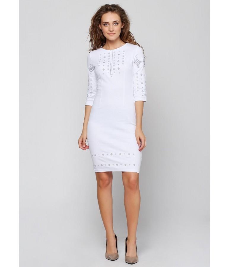 Біле жіноче платтяз вишивкою Орнамент - Цікавий магазинчик в Яготине 5643137034e49