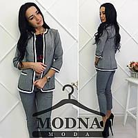 Льняной женский модный костюм: пиджак и брюки серый, S