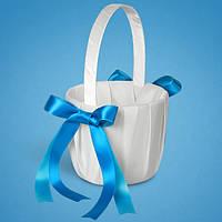 Красивая корзинка для лепестков с голубыми лентами,  корзинки для лепестков роз на свадьбу