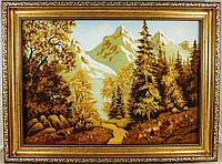 Горный пейзаж из янтаря