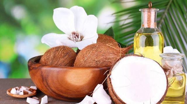 7 удивительных свойств кокосового масла