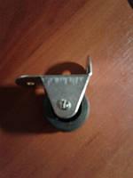 Ролик мебельный чёрный, бочонком с прямым креплением, гнутый, усиленное (Ф-32 мм)