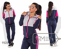 Спорткостюм из двунитки с контрастной отделкой верха и лампасов - олимпийка с капюшоном на длинных шнурках и джоггеры 9525