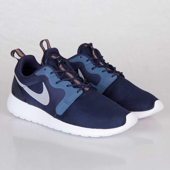 75f1fa5a43ee Кроссовки Nike Roshe Run Hyperfuse темно-синий цвет  продажа, цена в ...