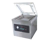 Однокамерная вакуумная упаковочная машина DZ-600/S
