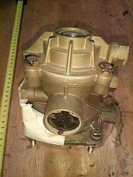 Двухконтурный клапан управления тормозами прицепа KNORR 0 481 061 225