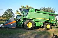 Зерноуборочный комбайн John Deere W650 2008 года