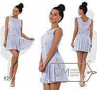 Платье-чарльстон мини из коттона с вышивкой без рукавов с заниженной талией и юбкой в складку 9294
