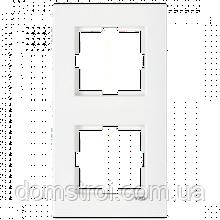 Двойная вертикальная рамка VIKO Karre белая